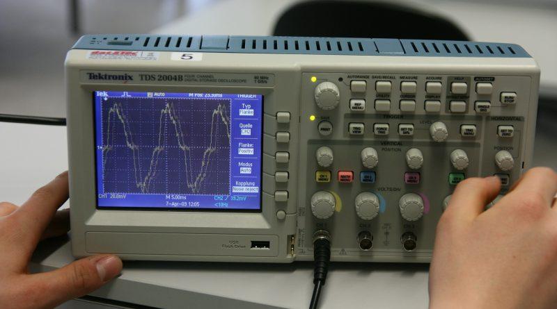 Messtechnik Oszilloskop