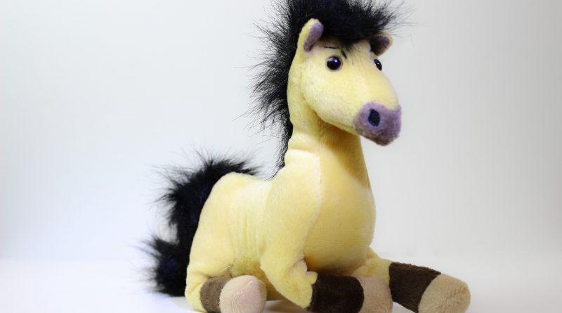 Baby Spielzeug Pferd Noa