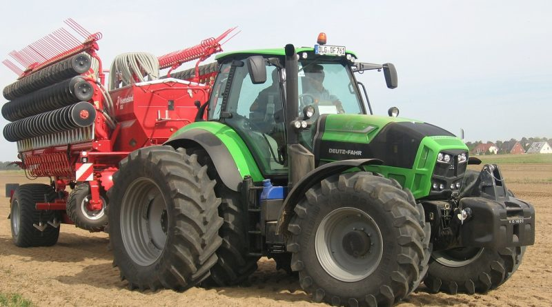 Deutz Fahr Land- und Baumaschinen