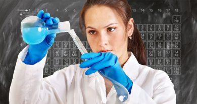 KI Entwicklung neuer Medikamente